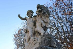 Statue place du Peyrou